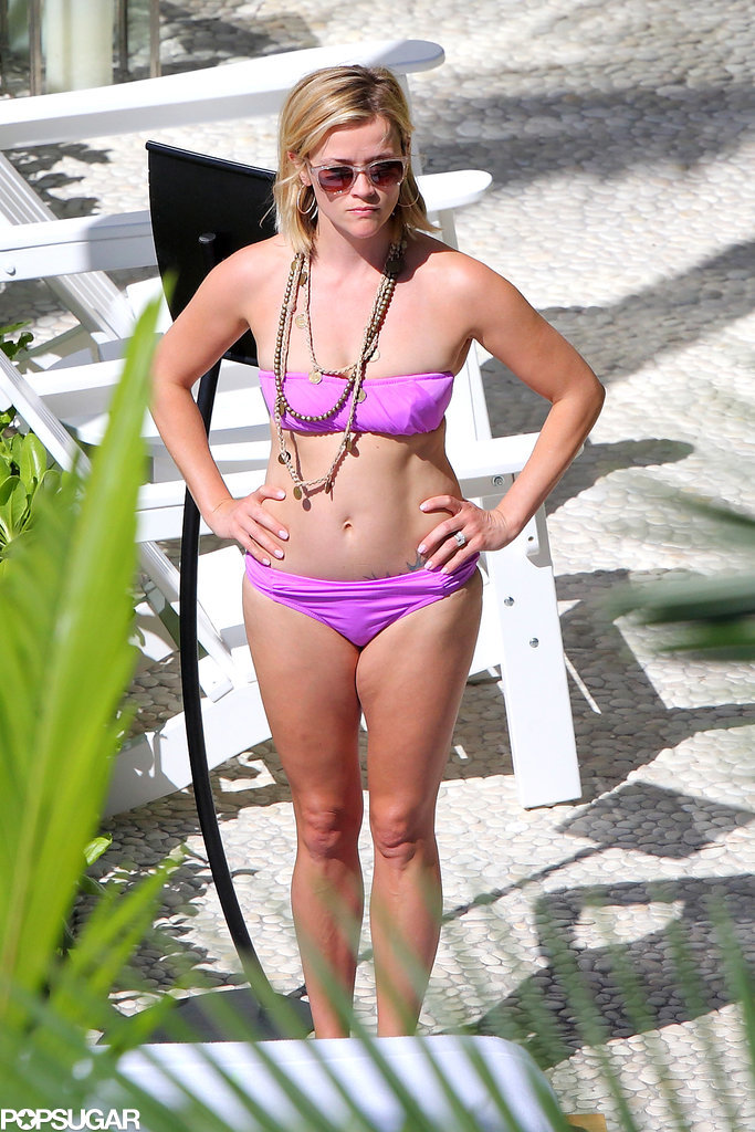 Reese-Witherspoon-wore-bikini-January-2014-when-she-visited.jpg