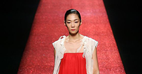 Seoul Fashion Week: Jung Hun Jong Spring 2009