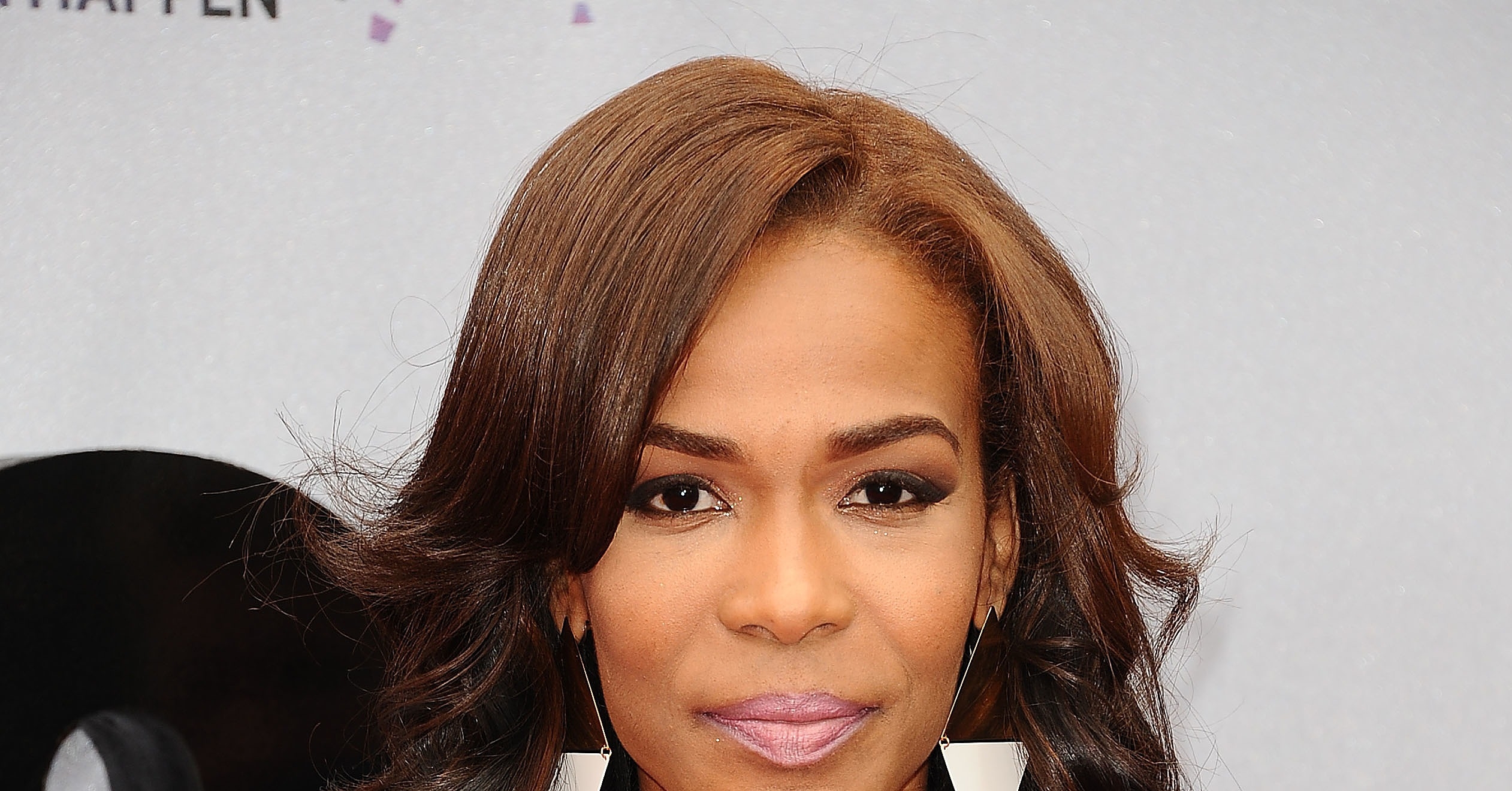 Michelle-Williams-sported-reverse-ombré-hair-color-frosted.jpg