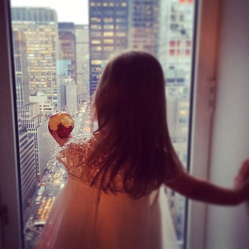 Arabella Kushner took a bite of an apple while taking in the Big Apple. Source: Instagram user ivankatrump
