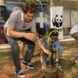 Andrew Garfield Jamie Foxx With Kids For World Wildlife Fund