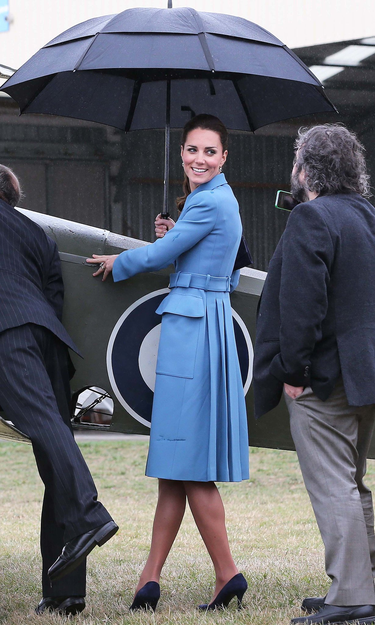 The duchess posed for a photo for none other than Peter Jackson during a visit to New Zealand in April 2014.