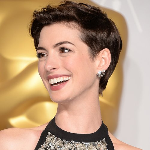 Anne Hathaway Best Pixie Hairstyles
