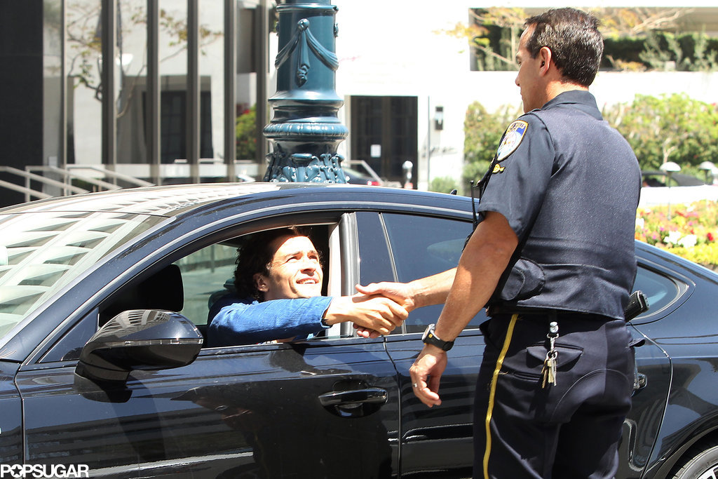Orlando Bloom Charms His Way Out of a Ticket