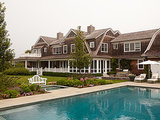 Houzz Tour: A Modern Art Showcase in the Hamptons (18 photos)