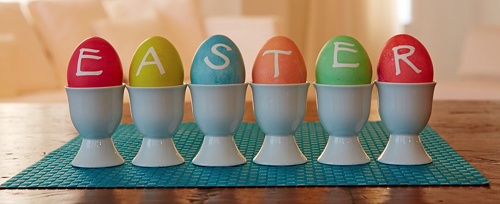 23 Egg-traordinary Easter Crafts For Parents and Kids