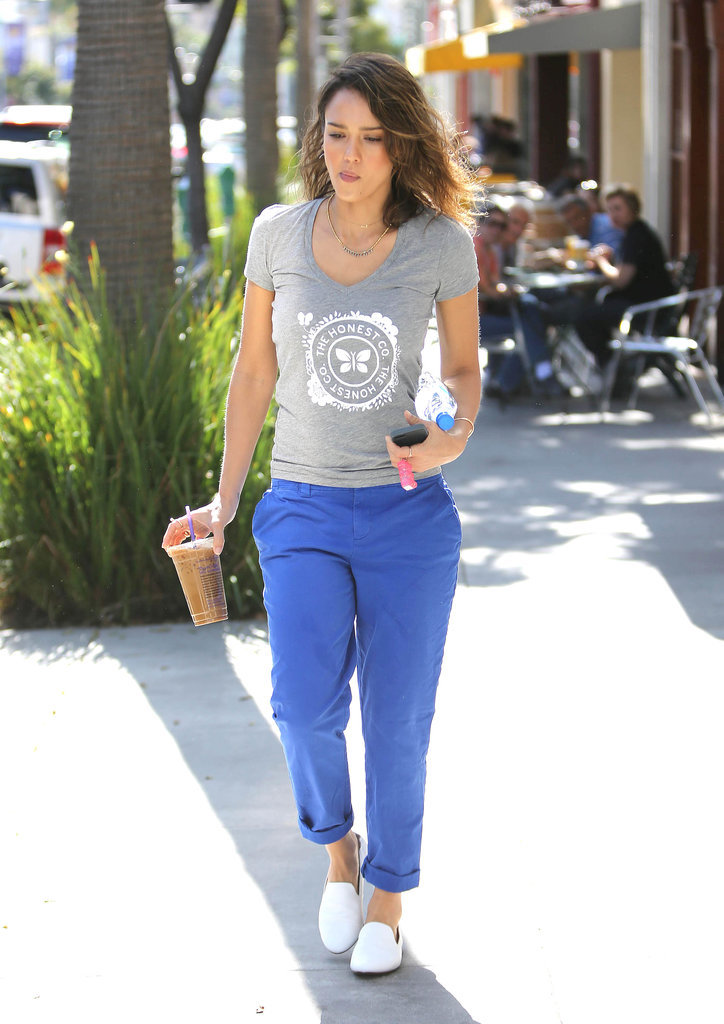 Jessica Alba in White Leather Yosi Samra Flats