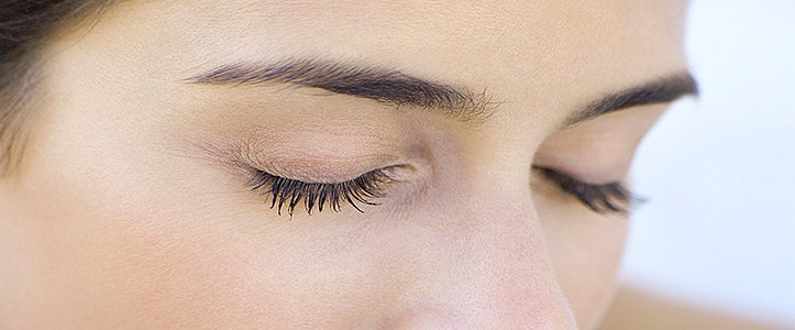 The Solution For Gorgeous Lashes Without Mascara or Serums