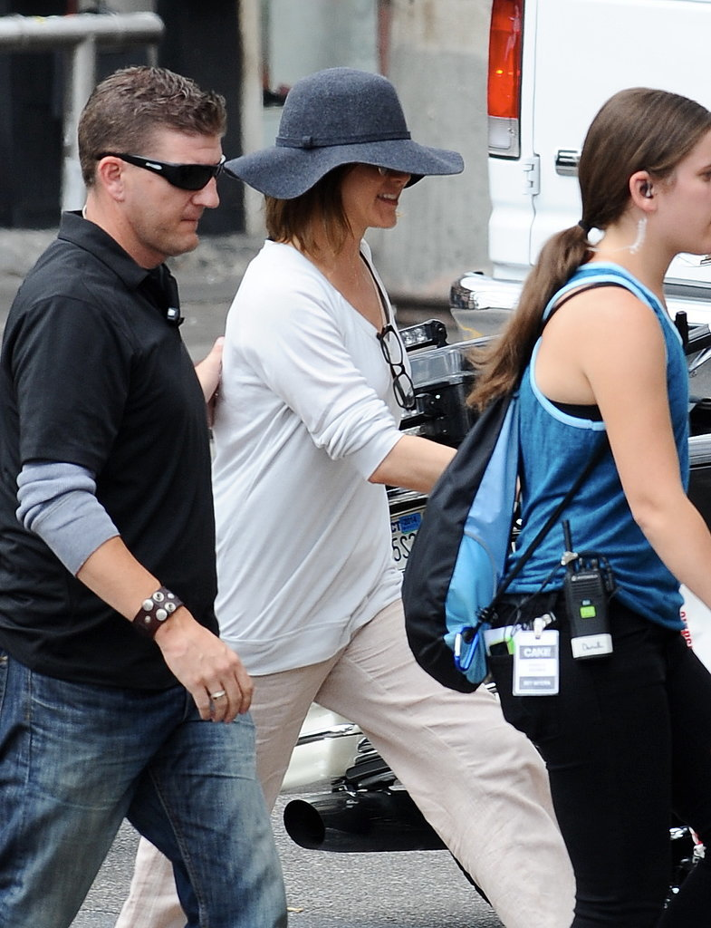 Jennifer Aniston Spends a Shady Day on Set