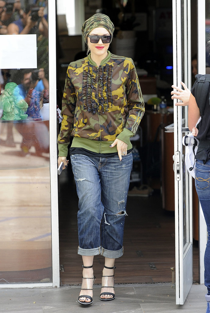 On Friday, Gwen Stefani ran errands around LA.