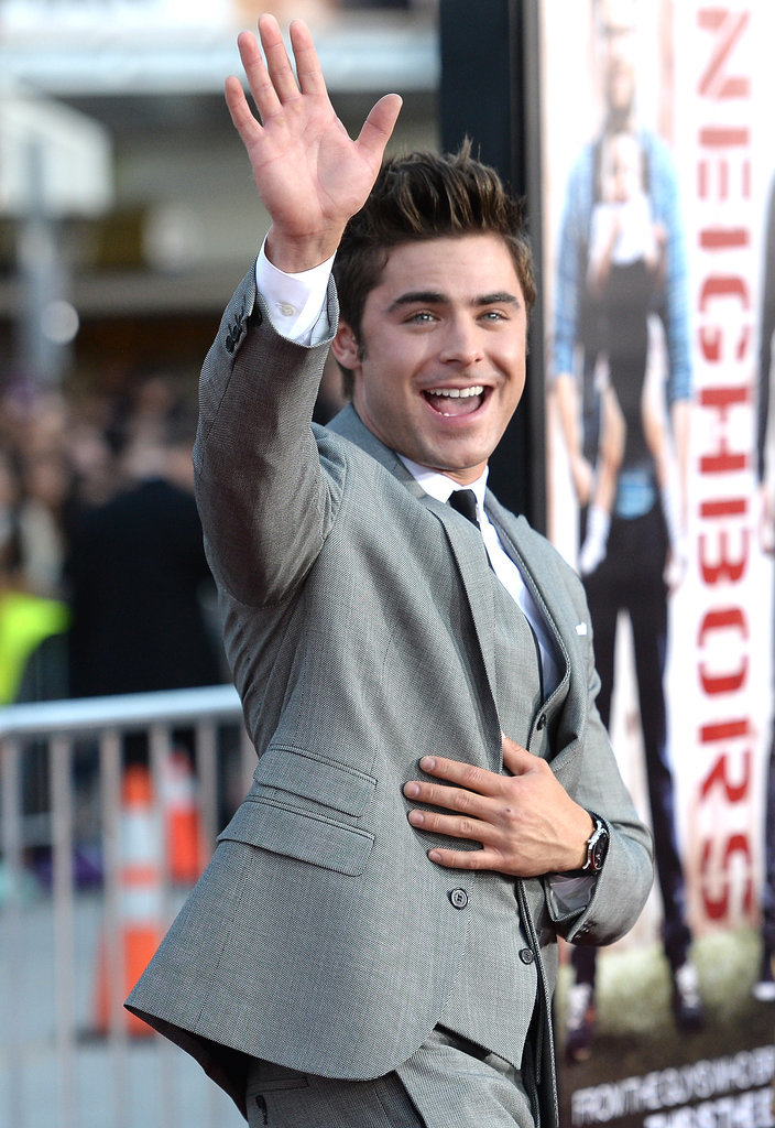 Zac waved to the crowd.