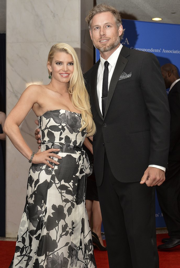 Jessica Simpson and Eric Johnson posed for photos together.