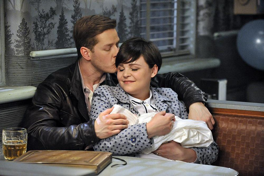 Once Upon a Time's Season Finale Pictures Are an Overload of Adorable