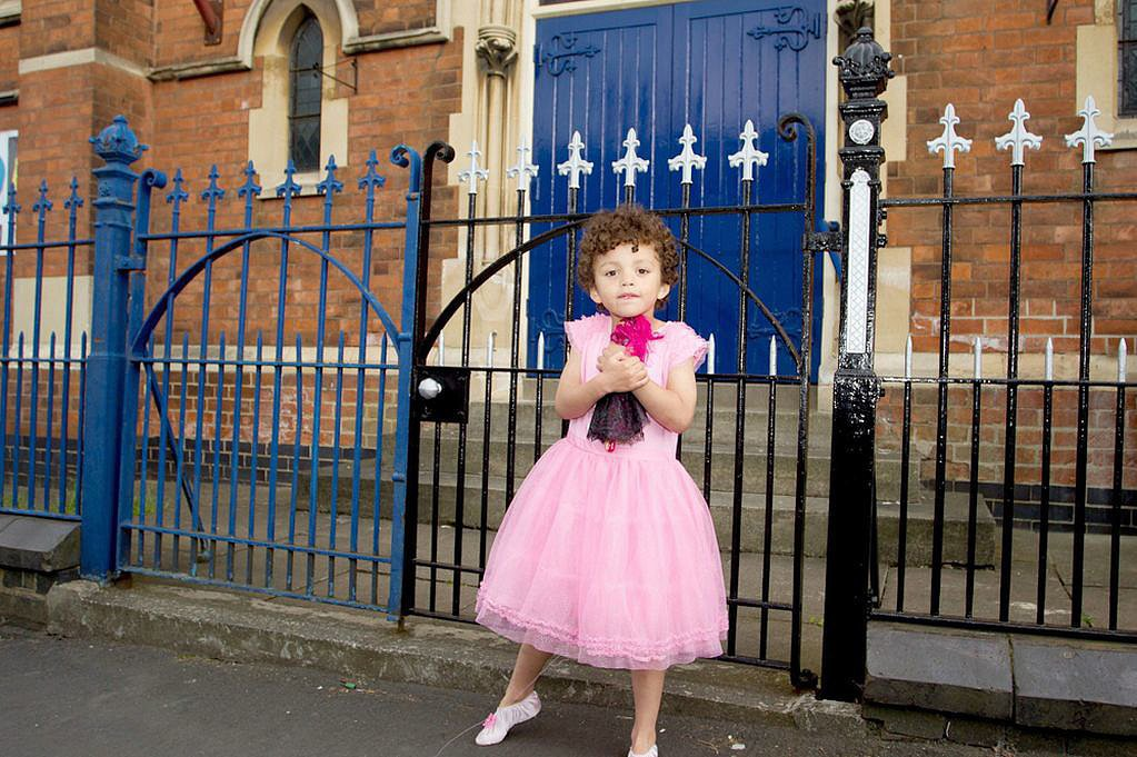 Boys Wearing Dresses To School Share This Link