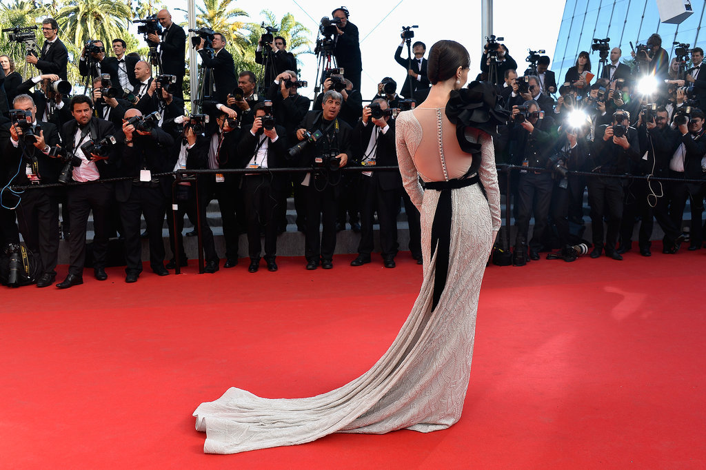 Paz Vega showed effortless glamour at the festival's closing ceremony.