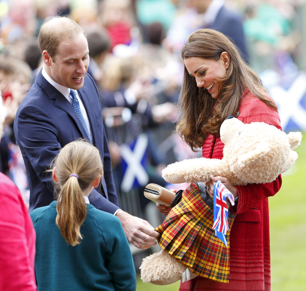 Prince William and Kate Middleton admired a teddy bear from a fan on Thursday in Scotland.
