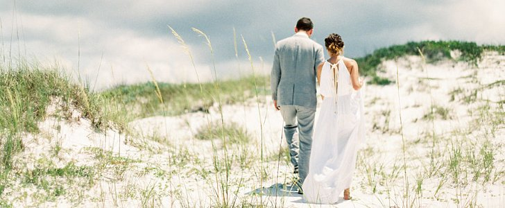 12 Tips For an Easy and Affordable Beach Wedding