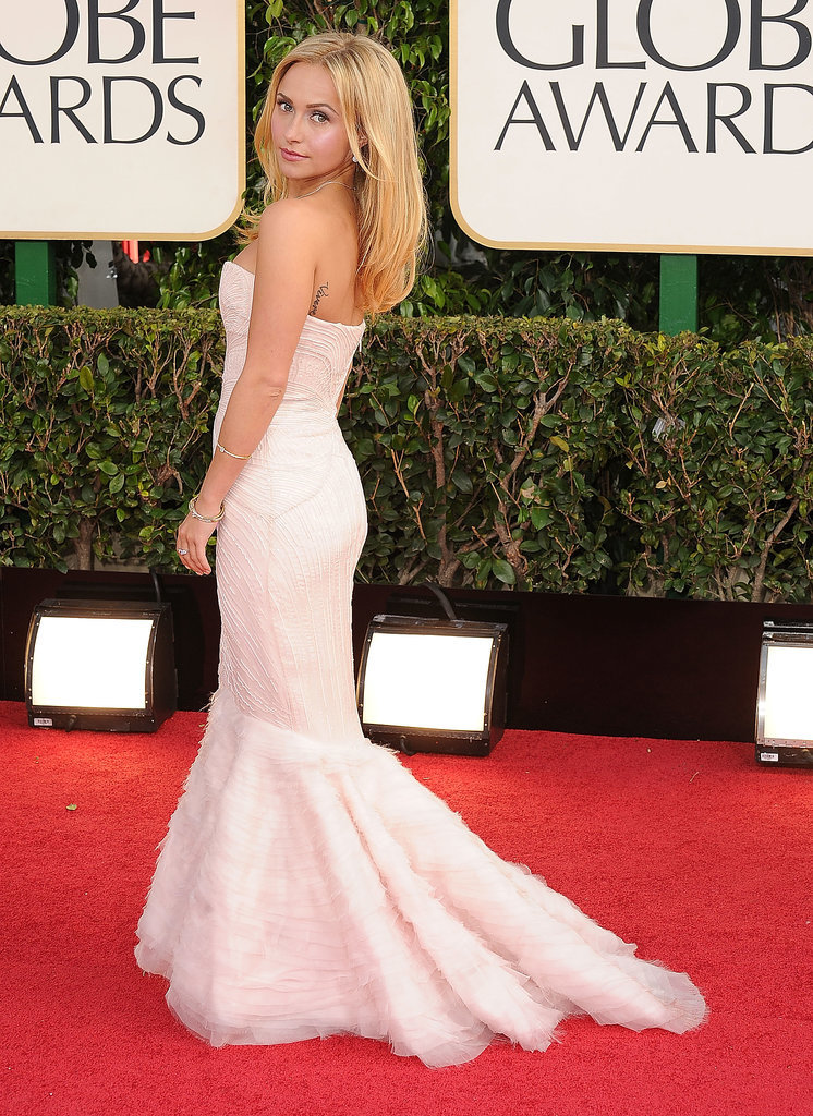 We love the angelic vibe that Hayden Panettiere gave off in this beautiful Roberto Cavalli dress.