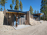 Houzz Tour: Having Fun With a Half-Buried House (14 photos)