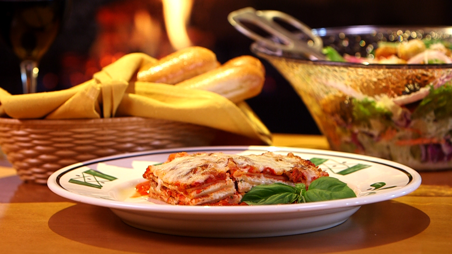 Olive Garden Lasagna Classico Popsugar Celebrity