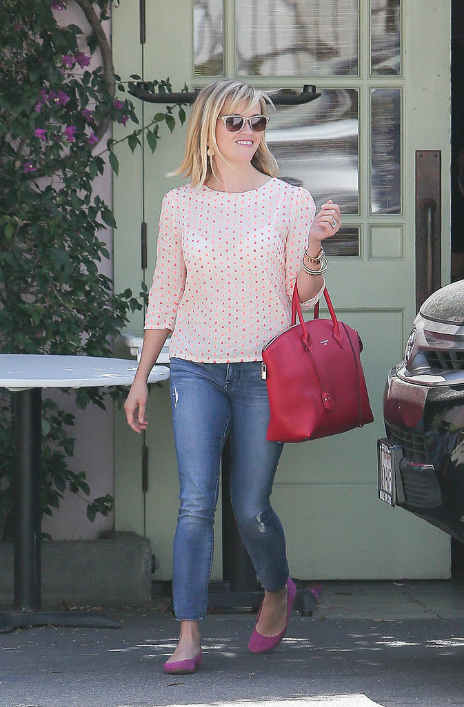 Reese Witherspoon Carrying Louis Vuitton