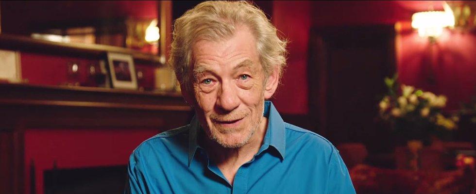 Ian McKellen Helps Man Propose to His Trekkie Boyfriend
