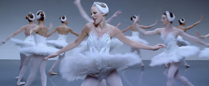 The Absolute Best Dance Moments From Taylor Swift's New Video
