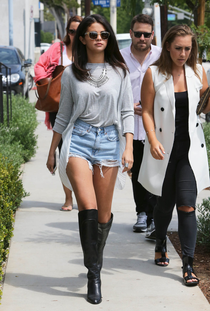 Selena Gomez strutted her stuff while lunching with friends in LA on Tuesday.