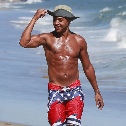 Cuba Gooding Jr. Shirtless in Malibu | Pictures