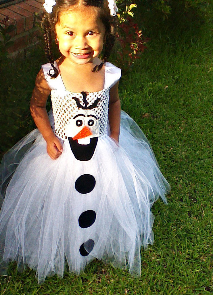If your daughter loves goofy snowmen and shiny sparkles, this Olaf tutu costume ($32) is her perfect handmade Halloween outfit.