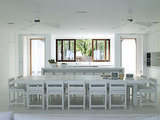Kitchen Workbook: 12 Elements of Tropical-Style Kitchens (13 photos)