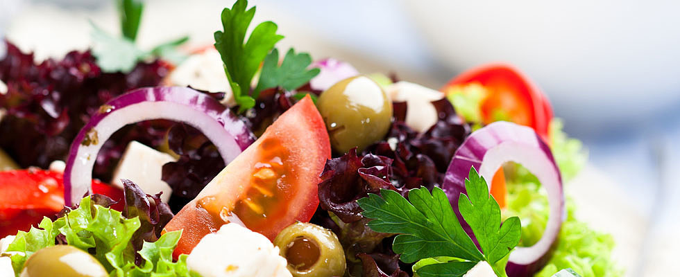 Lose Weight by Stopping These Salad Mistakes