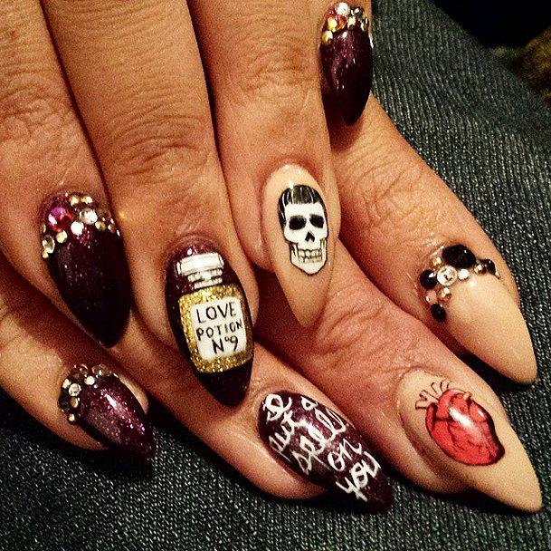Diy halloween nail art ideas popsugar beauty - Nail art halloween ...