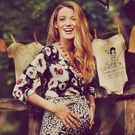 Blake Lively Is a Glowing Mum-To-Be in Her New Baby Bump Pictures