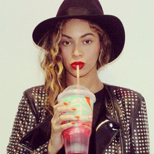 Celebrity Instagram Pictures | Nov. 27, 2014