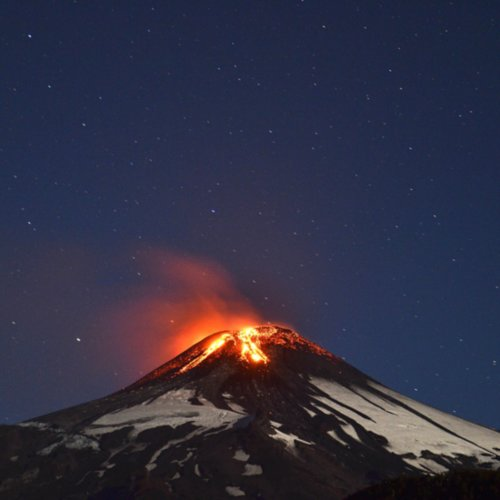 Pictures of Volcano Eruption in Villarrica, Chile