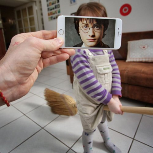 Artist Uses iPhone to Re-Create Movie Scenes