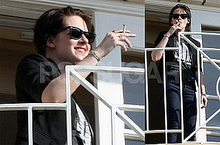 Photos of Kristen Stewart Smoking Outside New Moon Press Conference in LA