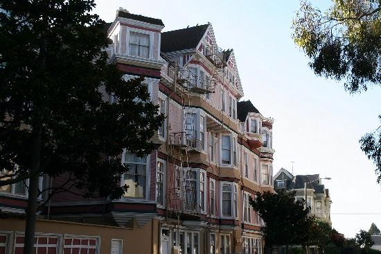 San Francisco's Queen Anne Hotel