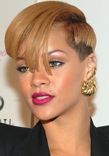 Rihanna Makeup Tutorial 2009-12-09 12:00:00