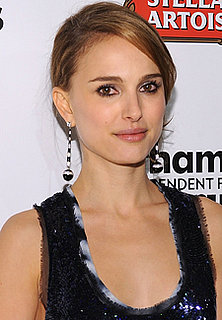 Natalie Portman Signs On to Star and Produce in Film Adaptation of Pride and Prejudice and Zombies 2009-12-11 10:00:29