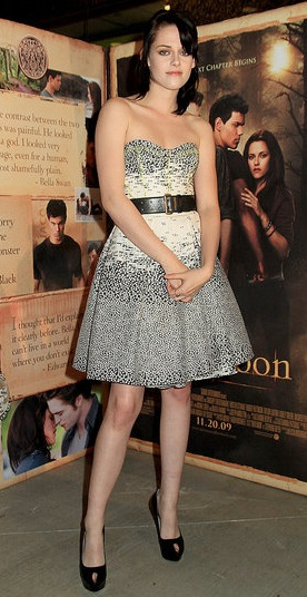 Kristen Stewart Wears Jason Wu Dress to a New Moon benefit Screening in Knoxville, TN