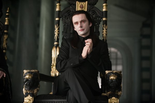 Go for super-creepy seating, a la the Volturi, with a black and gilded chair.