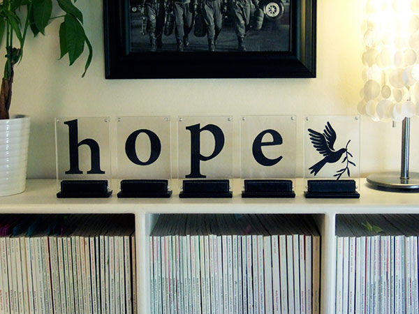 Crafty Nest will help you to create these framed silhouettes.