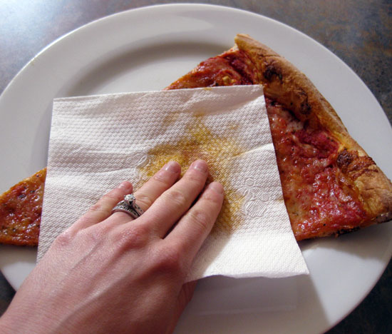 """<a href=""""http:/... You Blot Your Pizza Before You Eat?</a>"""