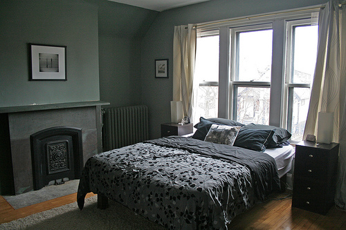 Who wouldn't love to have a gorgeous fireplace in their bedroom?