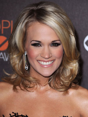 Carrie Underwood at the 2010 People's Choice Awards 2010-01-06 17:49:37