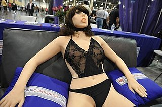 3D Porn and First Sex Robot Unveiled in Las Vegas