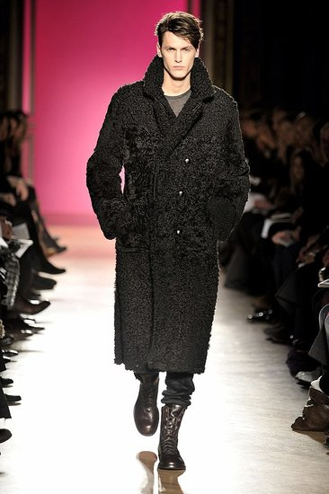 Paris: Emanuel Ungaro Men&#039;s Fall 2009
