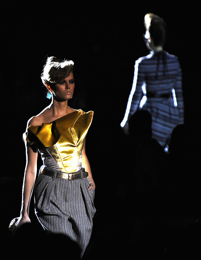 Marc Jacobs Continues His Sprouse Revival for Fall 2009